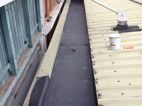 Commercial gutter lining completed work